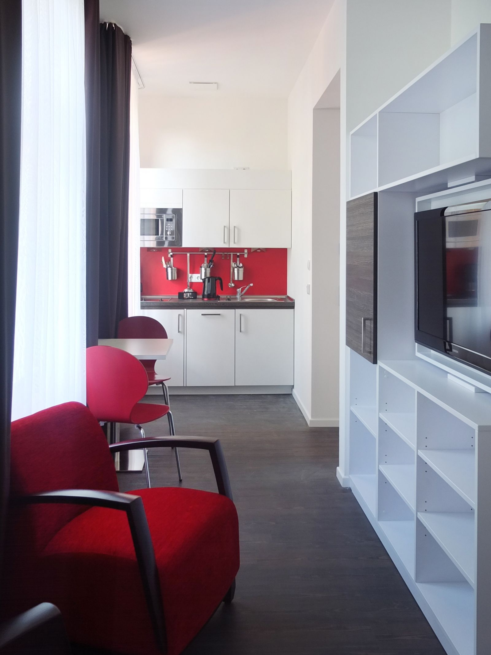 Gwg boardinghouse halle innenarchitektur shops praxis for Halle innenarchitektur